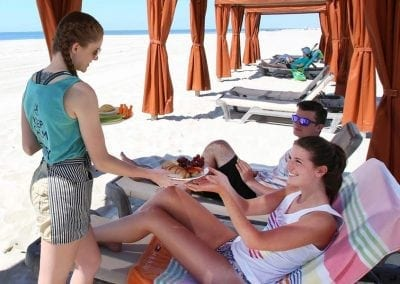Montreal Beach Resort Harry's Restaurant